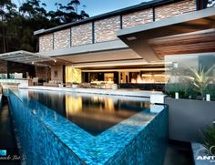 Beautiful home in Cape Town with stunning design and view.