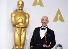 """Oscar 2015: J.K. Simmons bekam für seine Rolle in """"Whiplash"""" den Oscar als bester Nebendarsteller. Mehr dazu hier: http://www.nachrichten.at/nachrichten/liveticker/Oscar-Liveticker-Birdman-wurde-als-bester-Film-ausgezeichnet;art165616,1657744 (Bild: Lucy Nicholson)"""