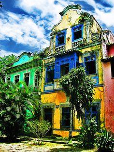 Old Houses in Rio de Janeiro, Brazil travel / voyage Places Around The World, Travel Around The World, Around The Worlds, Central America, South America, Brazil Travel, Old Houses, Wonders Of The World, Travel Photos