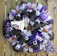 Rah Rah Rah TCU Wreath by JustSimplyaDoorable on Etsy, $60.00 Wreath Crafts, Wreath Ideas, Front Doors, Wreaths For Front Door, School Wreaths, Sports Wreaths, Purple Wreath, Football Wreath, Deco Mesh Wreaths
