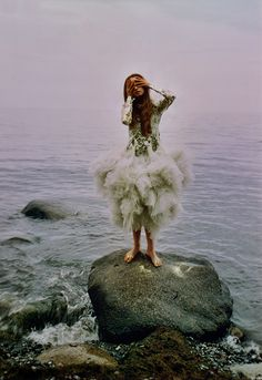 { The Siren's Song }  A MERMAID HAS NO TEARS, AND THEREFORE SHE SUFFERS SO MUCH MORE!