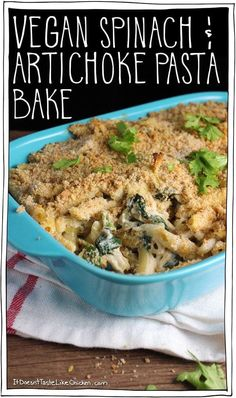 Vegan Spinach & Artichoke Pasta Bake This is a great dish for an easy weeknight dinner, or potluck. This pasta tastes just like the classic dip, but disguised as dinner. Vegan Casserole, Casserole Recipes, Pasta Casserole, Spinach Artichoke Pasta, Broccoli Pasta, Spinach Bake, Spinach Ricotta, Frozen Spinach, Whole Food Recipes