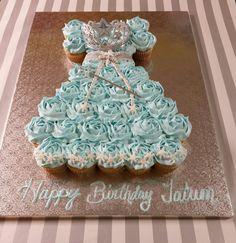 Frozen theme pull apart cupcake dress cake.