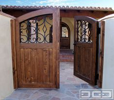 Custom Entry Gates in Orange County, CA. Mediterranean & Spanish Colonial designs in solid wood & iron crafted by hand. Spanish Style Homes, Spanish House, Spanish Colonial, Tor Design, Gate Design, Front Gates, Entrance Gates, Front Fence, Custom Gates
