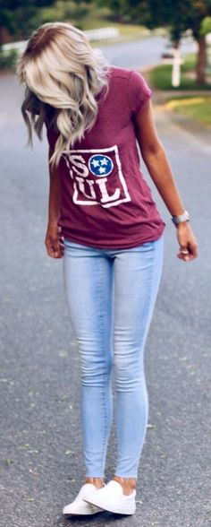 #summer #outfits Burgundy Printed Tee + Bleached Skinny Jeans + White Sneakers