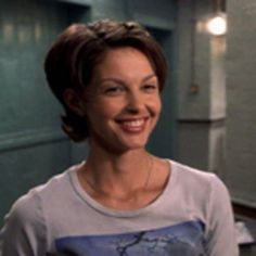 Ashley Judd - when I decide to go short again…this!!