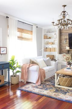 2017 Home Tour + How to Incorporate Vibrant Seasonal Colors in Fall Decor - Shades of Blue Interiors