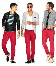 Un pantalón rojo va muy bien con franela a rayas y chaqueta negra; también con franela blanca, blazer y mocasines. Otra opción es con camisa azul y corbata