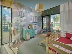 Riihi-talon suloinen lastenhuone on täynnä kekseliäitä yksityiskohtia ja leikkiä kestäviä materiaalivalintoja. #asuntomessut #seinäjoki #kohde20 Baby Room, Kids Room, Sweet Home, Interior, House, Furniture, Bedrooms, Instagram, Home Decor