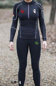 Spartan Heero futóruházat akadály futóversenyekre terveztük! Elől, lábnál cipzáros, ujjnál- bedugósra készítettük! Kényelmes, megkönnyíti a sportolást az anyagának köszönhetően! Jogging, Wetsuit, Sexy, Swimwear, Model, Collection, Fashion, Walking, Scuba Wetsuit