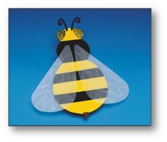 Looking for a Bumble Bee Crafts For Kids. We have Bumble Bee Crafts For Kids and the other about Play Kids it free. Bumble Bee Crafts, Bee Crafts For Kids, Fun Arts And Crafts, Simple Crafts, Insect Crafts, Bug Crafts, Bible School Crafts, No Rain, Bee Art