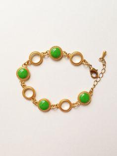 Kelly Green Disc Bracelet by CapriciousBijoux, ¥2800