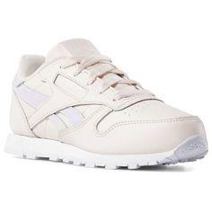 17bab67327939 Classic Leather. Pale PinkPink WhiteClassic LeatherGirls ShoesReebokSize ...