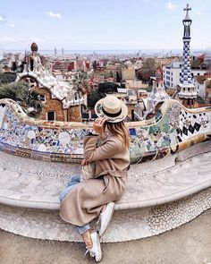"Barcelona - P o l i n a | П о л и н а (@polabur) on Instagram: ""Definitely need to come back again in the summer so I don't have to wear a coat in Barcelona с…"""