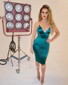 Khloe Kardashian Short Green Satin Bodycon Cocktail Party Celebrity Dress 81e83d306e64