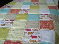 this would be a super quick and easy quilt if i ever got a quilting foot for my machine!