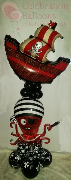 Pirate themed balloon displays from www.rothwellballoons.co.uk