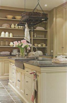 cream cabinets, slate gray granite counter & sink, match backsplash to floor tile, w/dark wood floors