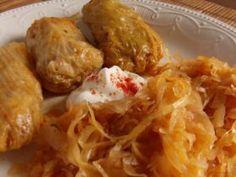Töltött káposzta, tőltike, tőtike Hungarian Recipes, Kfc, Diy Food, Shrimp, Bacon, Pork, Food And Drink, Menu, Cooking Recipes
