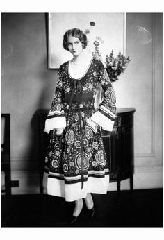 Helen Lyons in Jeanne Lanvin Vogue, May 1, 1924. Photo Edward Steichen