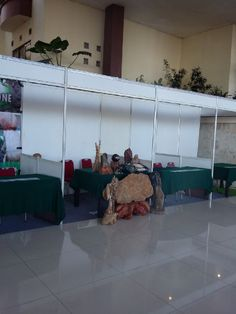 Bergerak Dibidang Jasa Penjualan dan Penyewaan/Rental partisi pameran, panel photo pameran,stand pameran,booth pameran,bacdroof, panggung,floring yang dilapisi karpet untuk keperluan acara ibu/bapak Untuk Keperluan Usaha, Pameran,Acara Kami Memberikan Harga Kepada Customer Dengan Harga sesuai bujet bapak / ibu  Dan Terjangkau. Juga Menerima Orderan Dari Seluruh Daerah Indonesia OFFICE:JL.Bolevard Raya Ruko Star of Asia no 99 Lippo Karawaci Tangerang, Indonesia TLP 082175200072 / 087809292838