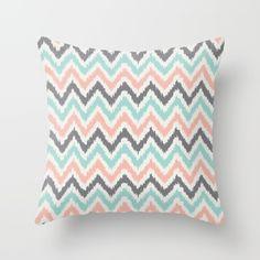 Tribal Ikat zigzag stripes pattern