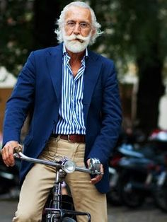 Old men with great style. (The Sartorialist) The Sartorialist, Older Mens Fashion, Old Man Fashion, Mens Fashion Over 50, Fashion Hats, Style Fashion, Winter Fashion, Girl Fashion, Moda Do Momento