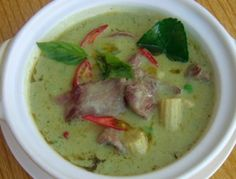 """The name """"green"""" curry derives from the color of the dish. Green curries tend to be as hot as red curries, both being hotter than phanang/padang curries Spicy Recipes, Indian Food Recipes, Asian Recipes, Vegetarian Recipes, Cooking Recipes, Thai Cooking, Asian Foods, Thai Green Curry Recipes, Best Curry"""