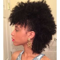 Beautiful frohawk Amazing NATURAL hair ❤️ liked on Polyvore featuring beauty products and haircare