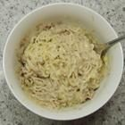 Dorm Room Cheesy Tuna and Noodles--This is my kind of recipe!