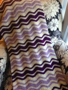 Neat Ripple Blanket #crochet