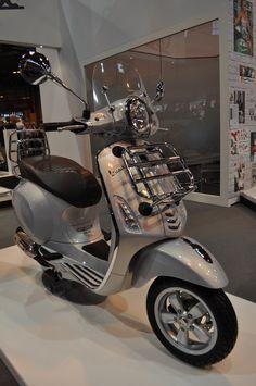 Vespa Primavera 125 Touring scooter