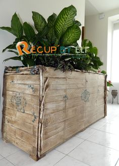 Pallet Flower planters #Flowers, #Pallets, #Planter