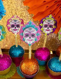 Day of the Dead Party {Día de los Muertos} // Hostess with the Mostess® Muertos En Mexico, Candy Apples, Mexican Party, Mexican Fiesta, 4th Birthday Parties, 40th Birthday, Halloween Party, Halloween Desserts, Halloween Ideas