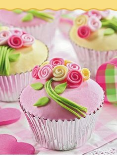 Cupcakes - Bouquet de rosas #EVIADIGITAL Descargalo ya en www.eviadigital.com