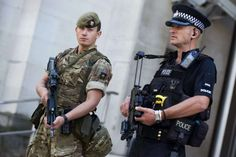 'Absolutely No Plans' For Military To Guard Supermarkets - Euro Weekly News Spain Top News News Article Mr Wallace, Hello To Myself, Military Personnel, Men In Uniform, Boris Johnson, Public Service, British Army, Law Enforcement, Cops