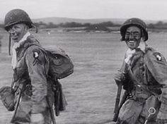 Two paratroopers of the US Airborne Division embarking for D-day from Exeter. Military Photos, Military History, Exeter, D Day Normandy, Vietnam, 101st Airborne Division, Bagdad, Band Of Brothers, Paratrooper