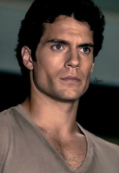 Henry Cavill - Clark Kent...you HAVE to look at it big!