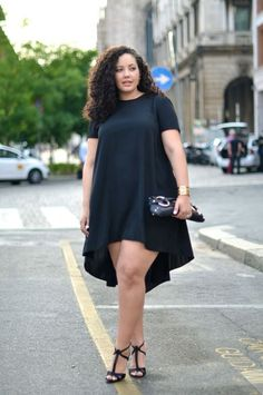 Girl With Curves: Ciao Da Milano! I love the way she looks! Look Plus Size, Plus Size Women, Curvy Girl Fashion, Plus Size Fashion, Plus Size Dresses, Plus Size Outfits, Trendy Dresses, Mode Xl, Modelos Plus Size