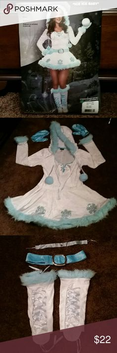 Halloween Eskimo costume Ice ice baby, light blue and white, wore once in package, all pieces included, no stains dream girl Other