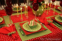 The Tablescaper's Christmas Polka Dotted table