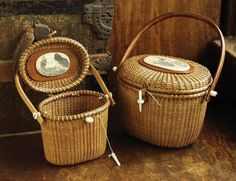 Farnum Nantucket Basket Handbag A truly authentic replica of the original Lightship basket, popularly known as a Nantucket basket. 5 different handbags, wood handle or leather shoulder strap - over 65 different designs. Includes a matching key chain & a Sisal, Cape Cod Jewelry, Casas Country, Old Baskets, Vintage Baskets, Sewing Baskets, Victorian Lamps, Nantucket Baskets, Best Gifts For Mom