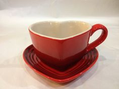 Le Creuset Stoneware Heart Mug and Tray Set Cherry Red
