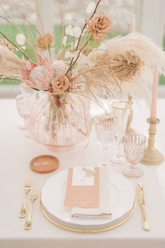 Elegant and Sophisticated wedding inspiration with an earthy colour palette of pale pink, terracotta and peach. Captured in Tuscany by Giuseppe Giovannelli What Is Wedding, Wedding Blog, Wedding Events, Wedding Ideas, Wedding Reception, Dream Wedding, Wedding Agenda, Pale Pink Weddings, Elegant Sophisticated