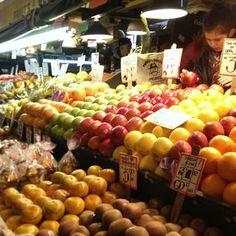 Fresh fruit farmer stand