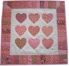 Hearts quilt ... I might try to make this.