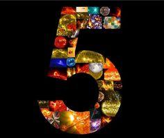 'Constant Ballet of Solar Material' Seen in Videos from NASA's Solar Dynamics Observatory (VIDEOS) http://www.hngn.com/articles/69182/20150213/nasas-solar-dynamics-observatory-celebrates-5th-birthday-trippy-videos-sun.htm