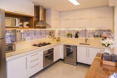 Balcão de cozinha: 75 ideias e modelos assinados por arquitetos (FOTOS)