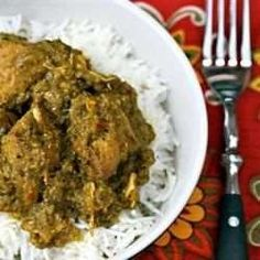 A chicken vindaloo from Goa. It's made with chicken legs which absorb the flavours better but you could use chicken breasts. Cubes of potatoes are deep fried and added to the curry near the end. Chicken Vindaloo Recipe, Vindaloo Recipes, Keema Recipes, Lamb Recipes, Curry Recipes, Chicken Recipes, Onion Sauce, Oil For Deep Frying, Boneless Skinless Chicken Thighs