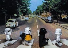 The Beatles, Abbey Road: Star Wars LEGO photo by VivantPhotography Lego Star Wars, Star Trek, Star Wars Stormtrooper, Star Wars Art, Darth Vader, Abbey Road, Beatles, Lego Krieg, Photo Lego